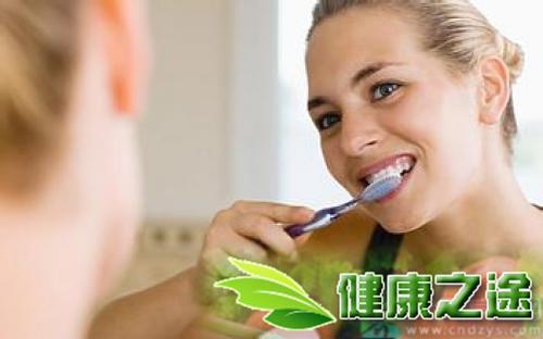 胃熱口臭的治療方法 - 康途健康百科
