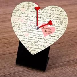 Sevgiliye Özel Hediye Kalp Masa Saati