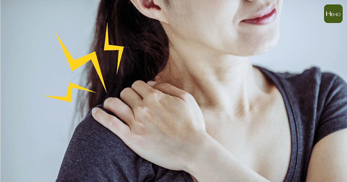 肩膀痛到不行別當五十肩狂拉筋!如果是鈣化性肌腱炎越動越痛   Heho健康
