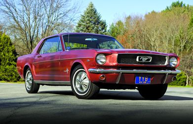 A 1965 grill is honeycomb and the stock mustang emblem in the grill has chrome. Buyer S Guide 1965 66 Ford Mustang Hemmings