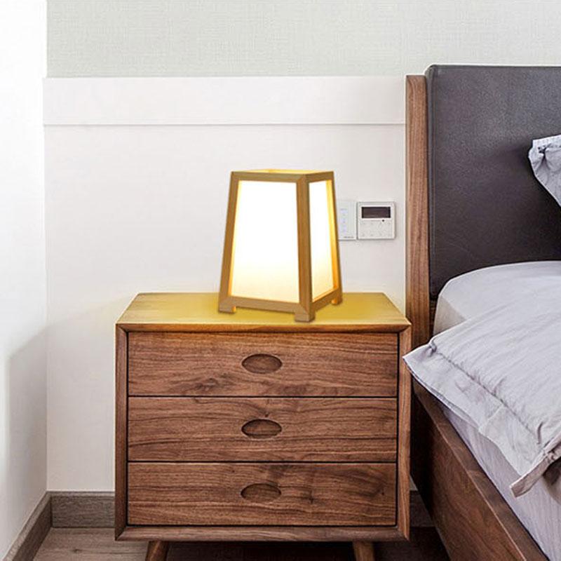 simple moderne veilleuse en bois massif