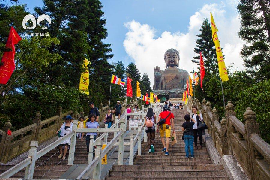 香港自由行,搭高空纜車朝聖!天壇大佛,雲霧飄渺的北大嶼山
