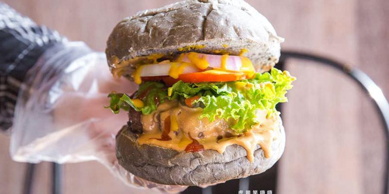 哇牛漢堡食研所(高雄)自選配料的超厚漢堡,楠梓必吃!特製早午餐料理