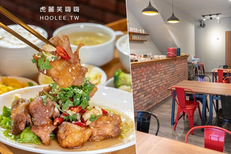 雙J咖啡簡餐(高雄)溫馨小餐館咖啡廳!必點酸辣椒麻雞特餐,搭配現磨現煮冰美式超滿足