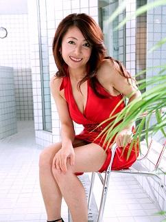 Murasaki Ayano