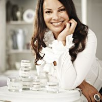 Fran Drescher (the Nanny) Goes Natural