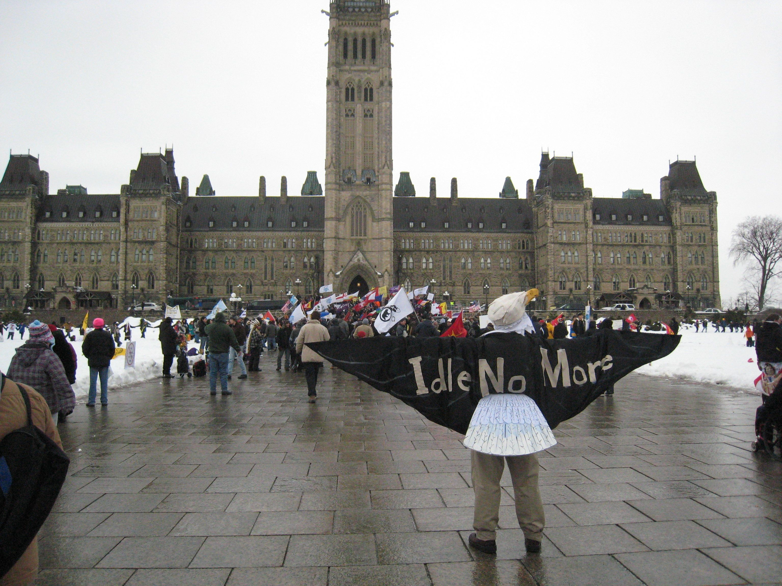 "<span class='image-component__caption' itemprop=""caption""><span style=""color: #262626; font-family: arial, sans-serif; font-size: 13px; line-height: 16px;"">The Idle No More Movement holds a protest on Parliament Hill.</span></span>"