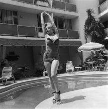 Marilyn Monroe Roosevelt Hotel Pool