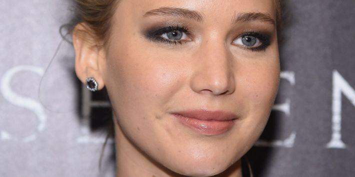 eye makeup for grey eyes: from multicolored to deep steel