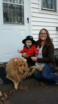 23 Dog And Kid Halloween Costumes That Will Make You ...