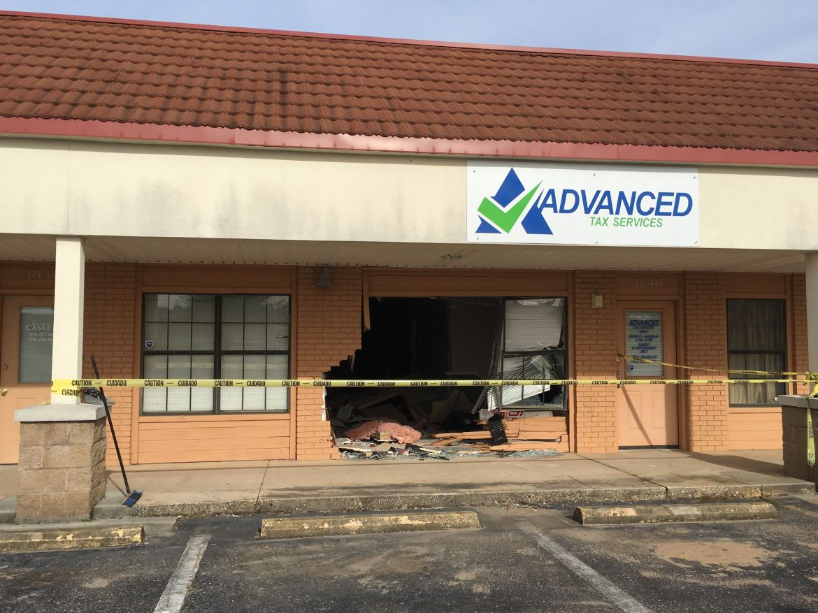 Man Trying To 'Enter Time Portal' Crashes Speeding Car Into Store, Cops Say  | HuffPost