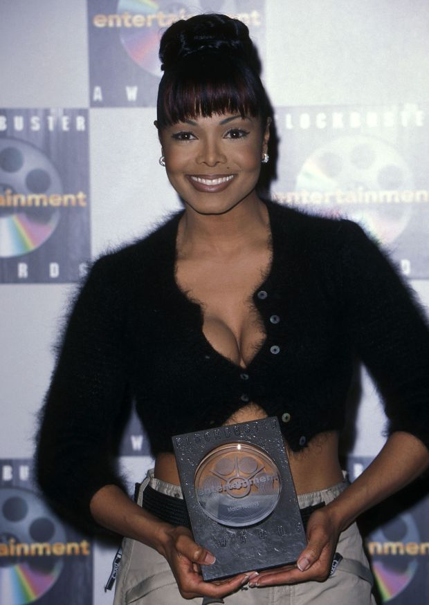 Atthe 4thannual Blockbuster Entertainment Awards in Hollywood.
