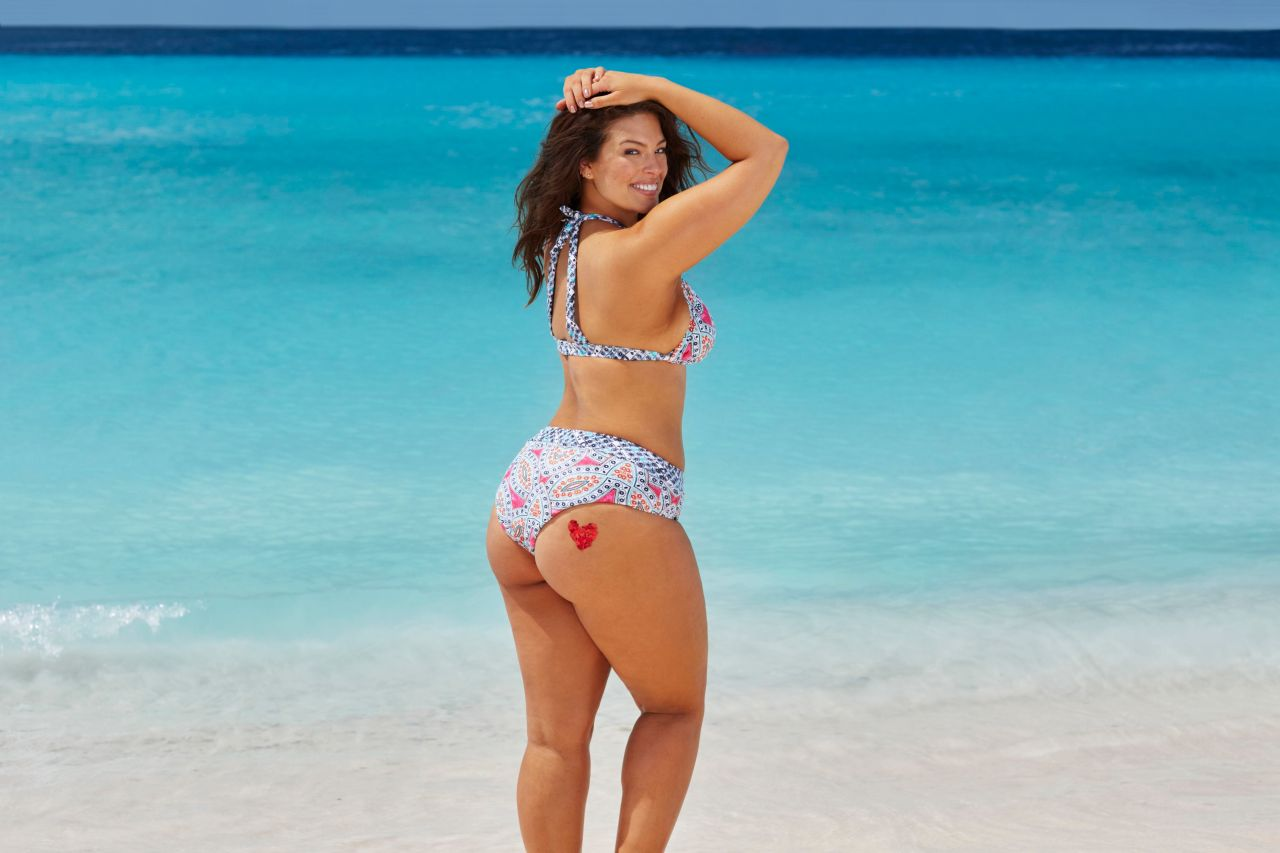 These Sexy Swimsuit Ads Prove 'Thigh Gap' Is Not A Thing