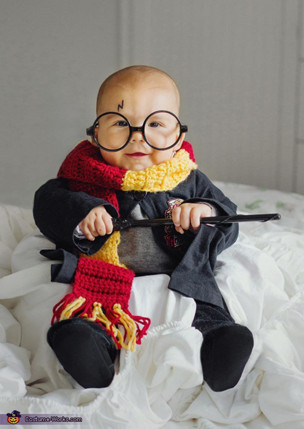 35 Babies In Halloween Costumes Who Actually Couldnt Be
