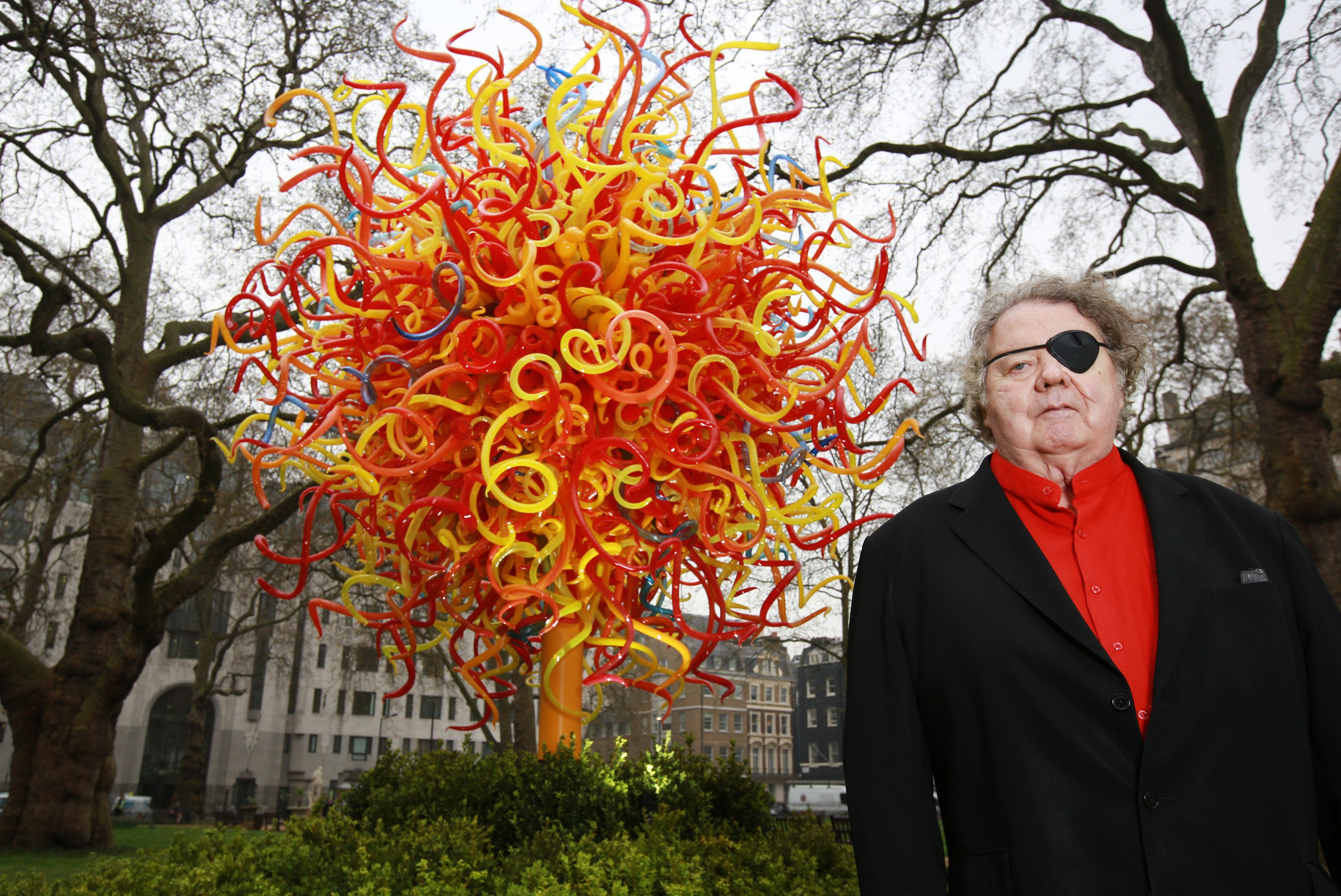 Lawsuit Accuses Glass Artist Dale Chihuly Of Plagiarizing