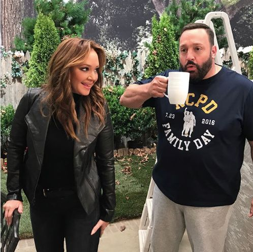 Leah Remini Celebrates 'Amazing First Week' On 'Kevin Can Wait' After Casting Switch-Up Leah Remini Celebrates 'Amazing First Week' On 'Kevin Can Wait' After Casting Switch-Up 59905e48140000401aed06eb