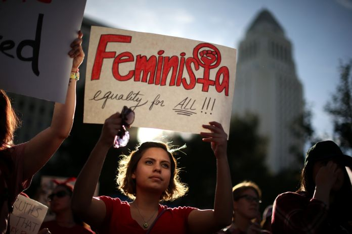50 Photos From 2017 That Show The Power Of Women's Rage 50 Photos From 2017 That Show The Power Of Women's Rage 5a39717d1600004700c50e6b