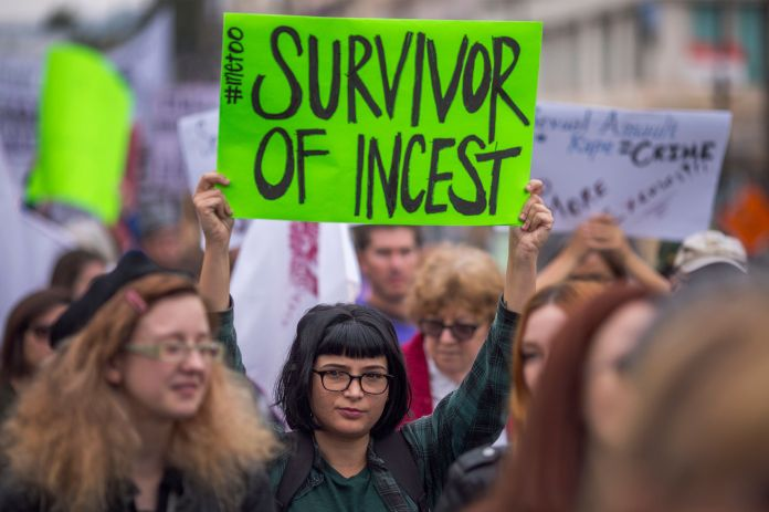 50 Photos From 2017 That Show The Power Of Women's Rage 50 Photos From 2017 That Show The Power Of Women's Rage 5a397457150000490049c94d