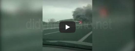 Τουριστικό λεωφορείο έπιασε φωτιά στην Εγνατία Οδό