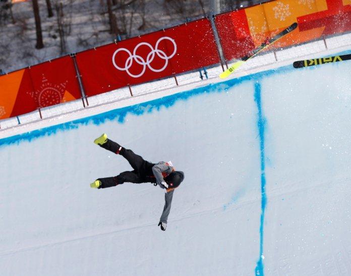 Swiss Skier Joel Gisler Plunges 15 Feet In Brutal Crash During Olympic Halfpipe Swiss Skier Joel Gisler Plunges 15 Feet In Brutal Crash During Olympic Halfpipe 5a8bbc052100003800601b55