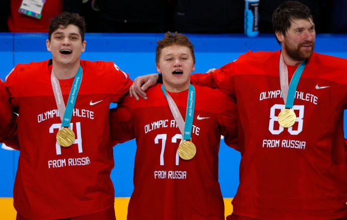 Russian Hockey Players Sing Banned Anthem At Olympic Medal Ceremony Russian Hockey Players Sing Banned Anthem At Olympic Medal Ceremony 5a926d5b210000ed06602392