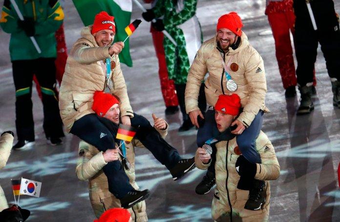 Stunning Photos Capture The 2018 Olympics' Closing Ceremony In All Its Glory Stunning Photos Capture The 2018 Olympics' Closing Ceremony In All Its Glory 5a92d86c210000ed066023eb