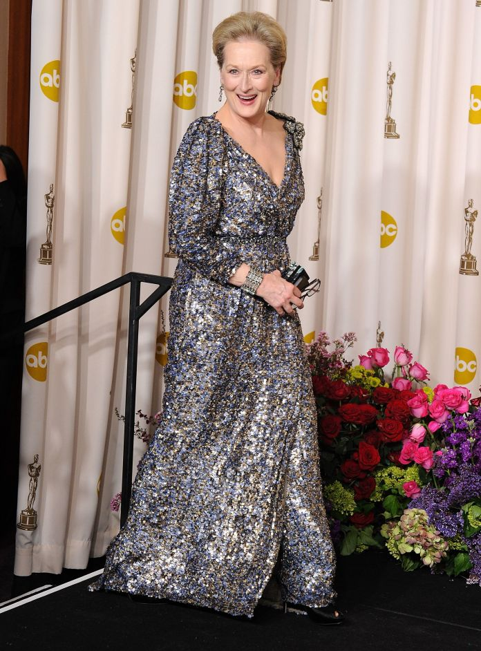 A Stunning Look At 4 Decades Worth Of Meryl Streep's Oscars Style A Stunning Look At 4 Decades Worth Of Meryl Streep's Oscars Style 5a9480e12000008806eb0065