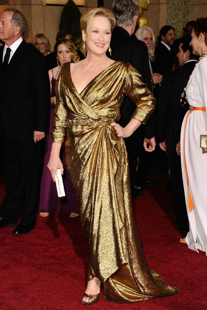 A Stunning Look At 4 Decades Worth Of Meryl Streep's Oscars Style A Stunning Look At 4 Decades Worth Of Meryl Streep's Oscars Style 5a9480e31e000017087acdff