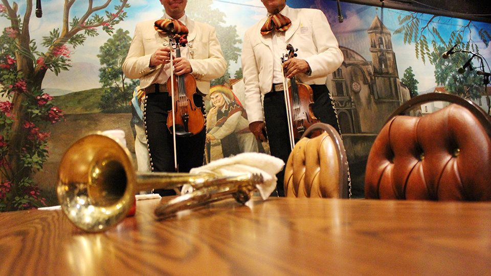 A restaurant with mariachis in El Mercado is a broad draw for local families.