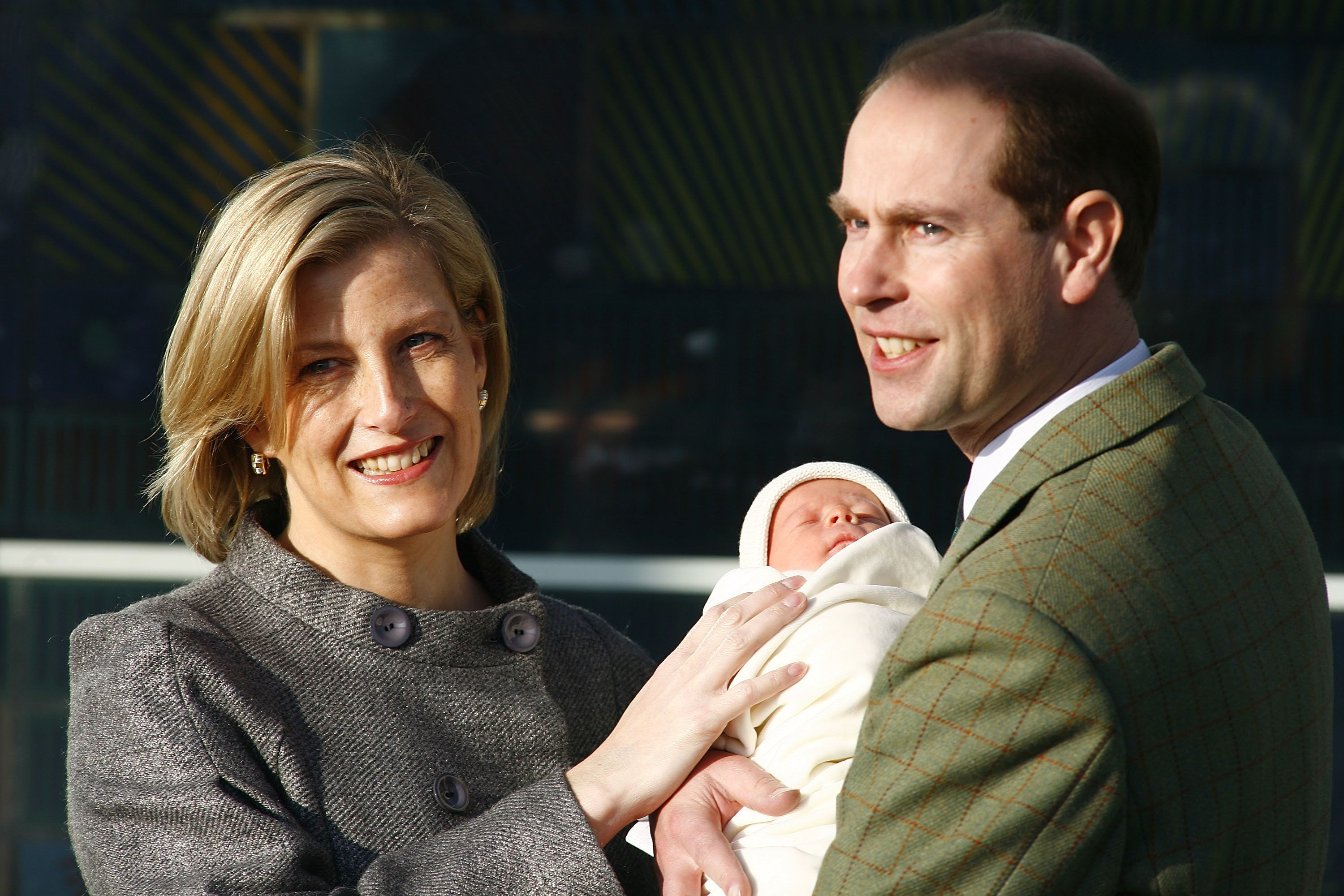 The couplewelcomed a son, James,Viscount Severn,in 2007.
