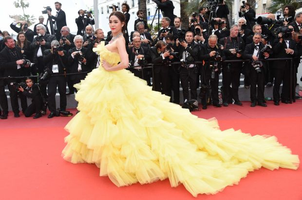 """In Giambattista Valli couture for the""""Sink Or Swim (Le Grand Bain)"""" photo call on May 13."""