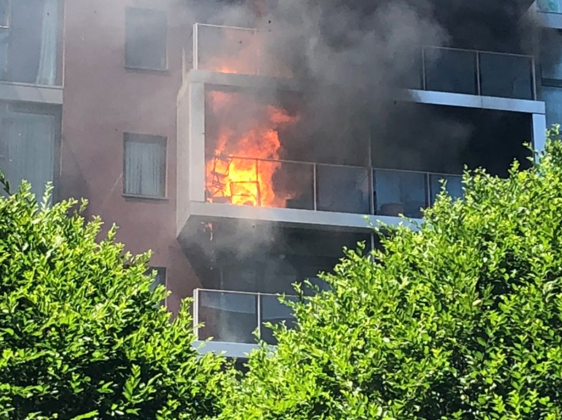 Battersea Fire Blaze At Flat In South London Apartment