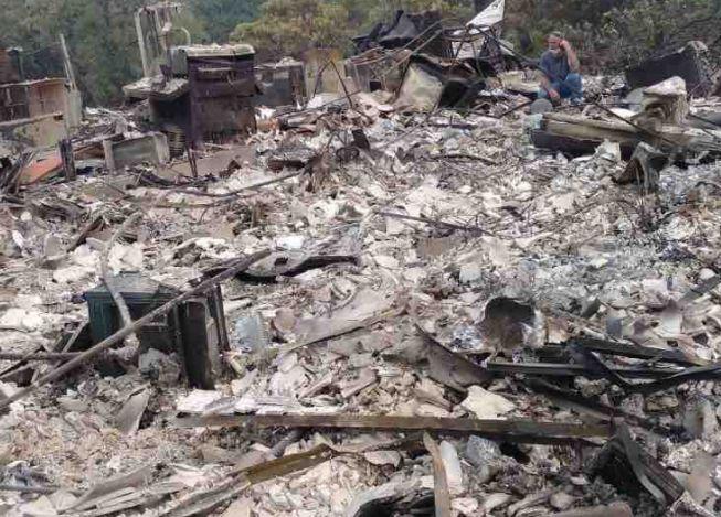 Mann kehrt zu abgebranntem Haus zurck und erlebt
