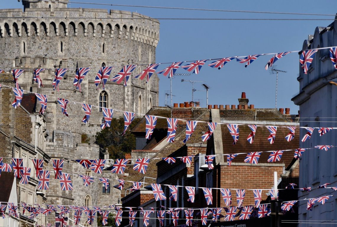 The bunting is back up in Windsor