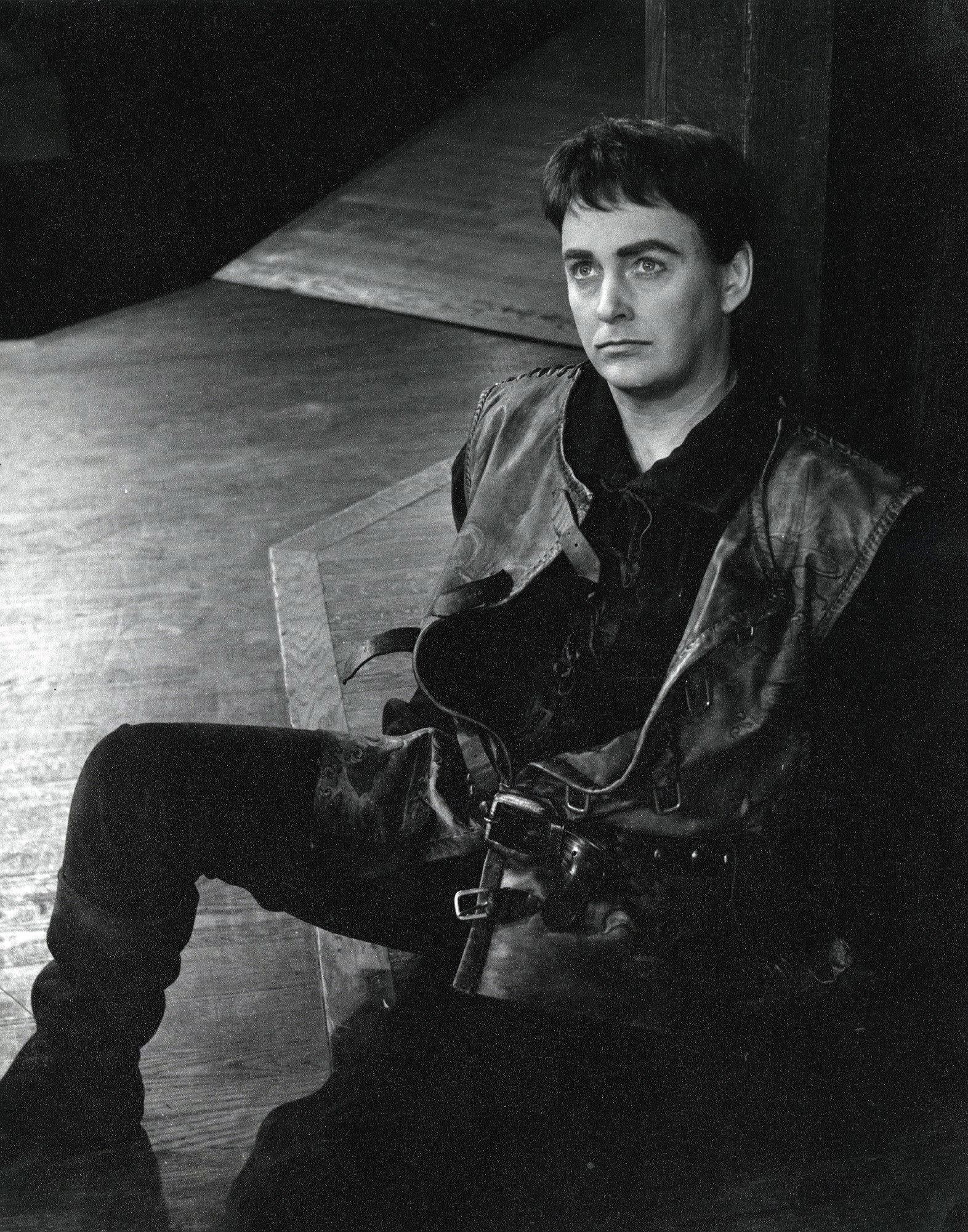 Douglas Rain as Henry V in the Stratford Festival's 1966 production of Henry V.