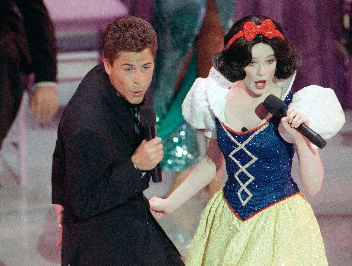 The 1989 Academy Awards went down in the history books for cooking up a chaotic opening number that saw Rob Lowe duetting with Snow White, as well as appearances from the likes of Lily Tomlin and Vincent Price.Viewers were not impressed, and it would be 30 years before the Oscars would go ahead without a host. So... watch this space, we suppose.
