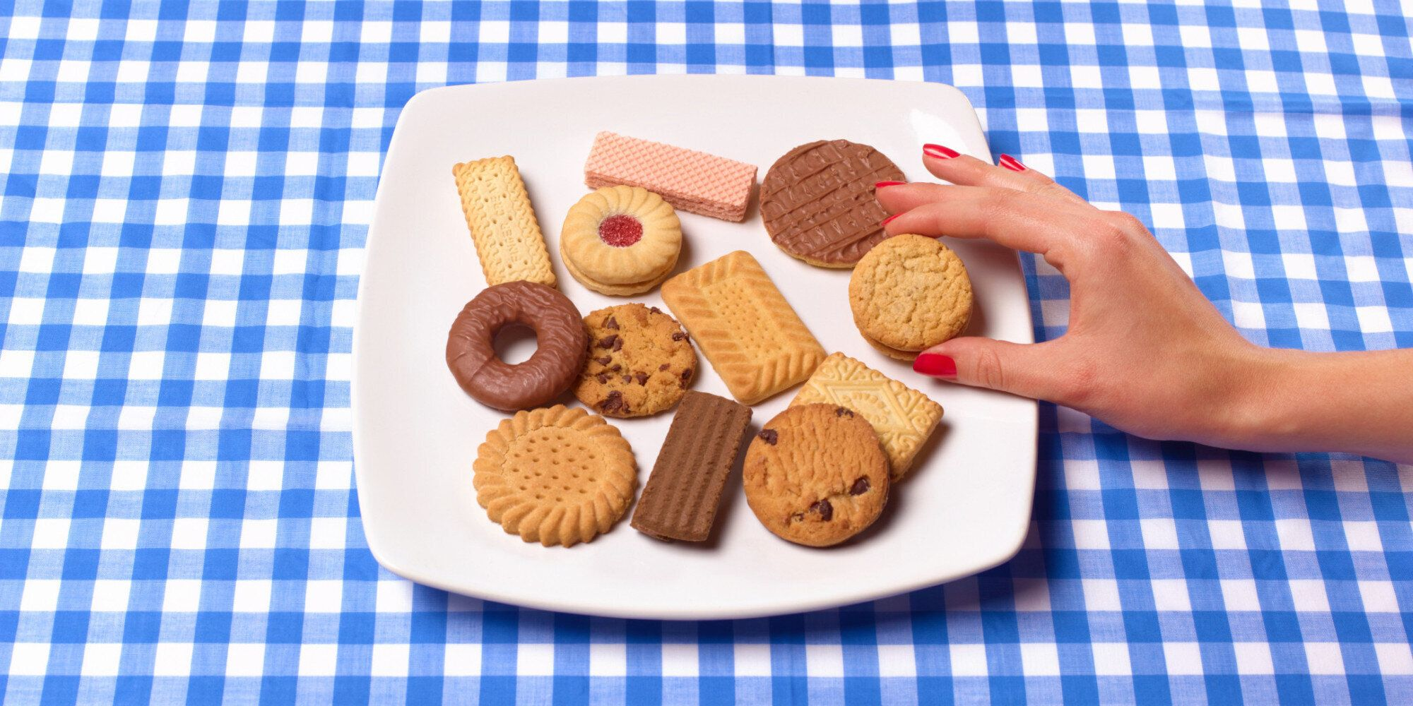 How To Stop Overeating: A Small, Sweet Treat Could Stop