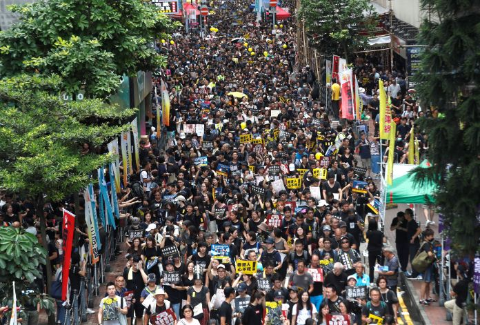 Hong Kong, August 18, 2019. Protesters anti-extradition bill parade ...