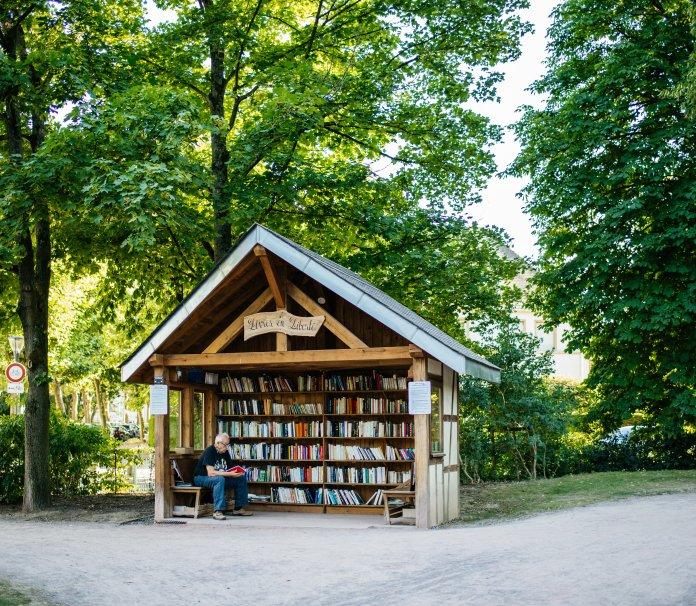 Bookstand at the Orangerie Park, Strasbourg
