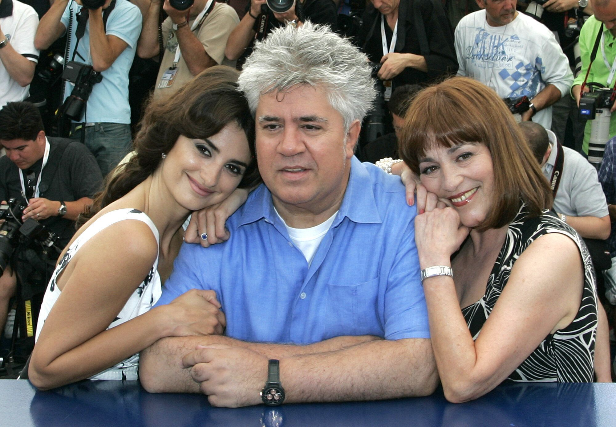 Penélope Cruz, Pedro Almodóvar and Carmen Maura at the Cannes Film Festival in 2006.