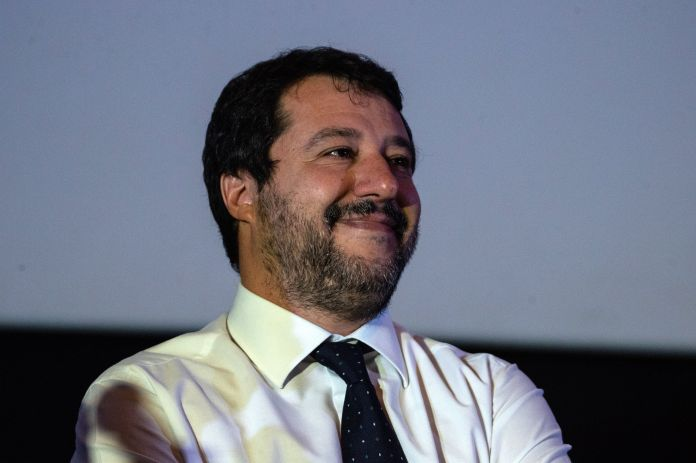 Salvini gives himself a moderate. No rush to go to