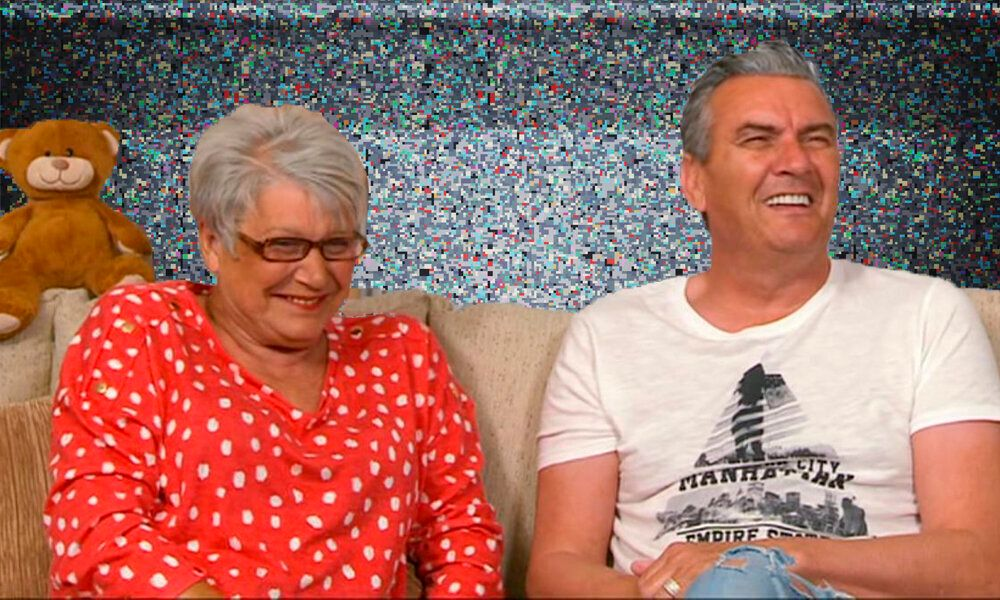 Gogglebox's Jenny Has Viewers (And Lee) In Stitches With Hilarious Bum Wipe Gaffe
