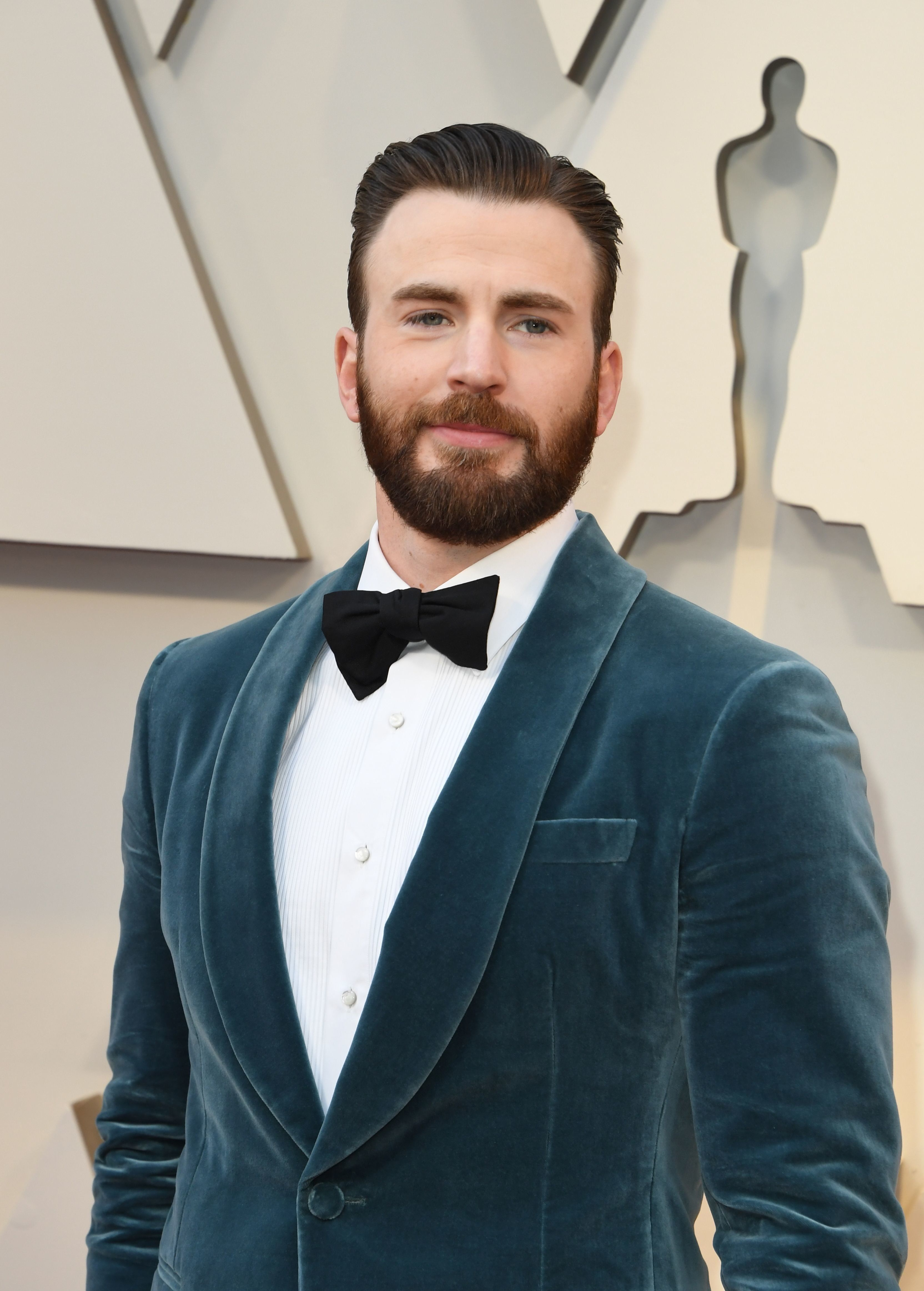 Chris Evans Opens Up About That Embarrassing Nsfw Leak