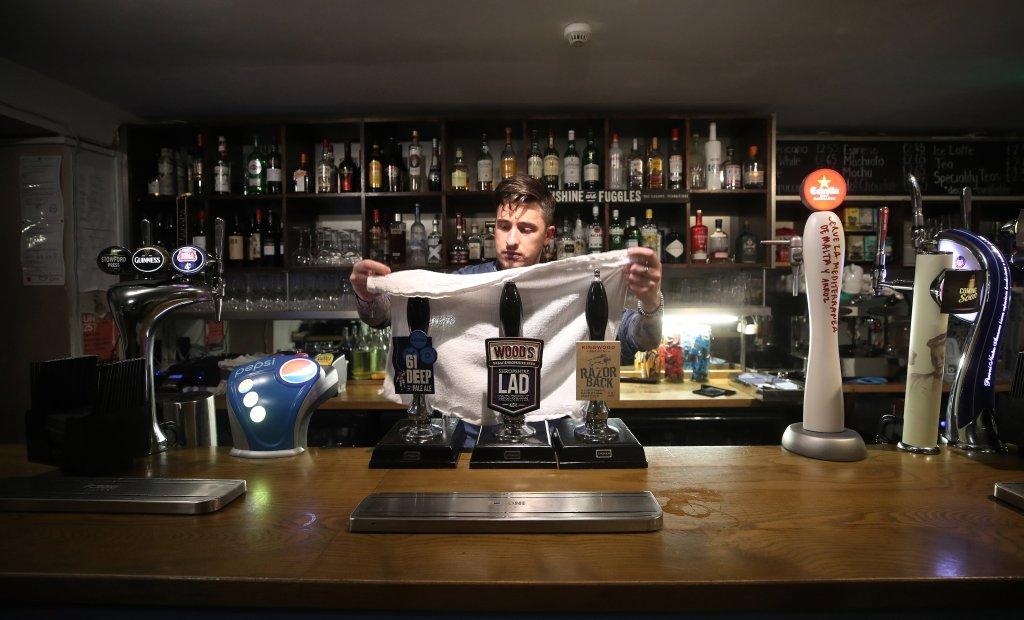 Coronavirus Curfew: Pubs And Restaurants In England To Shut At 10pm