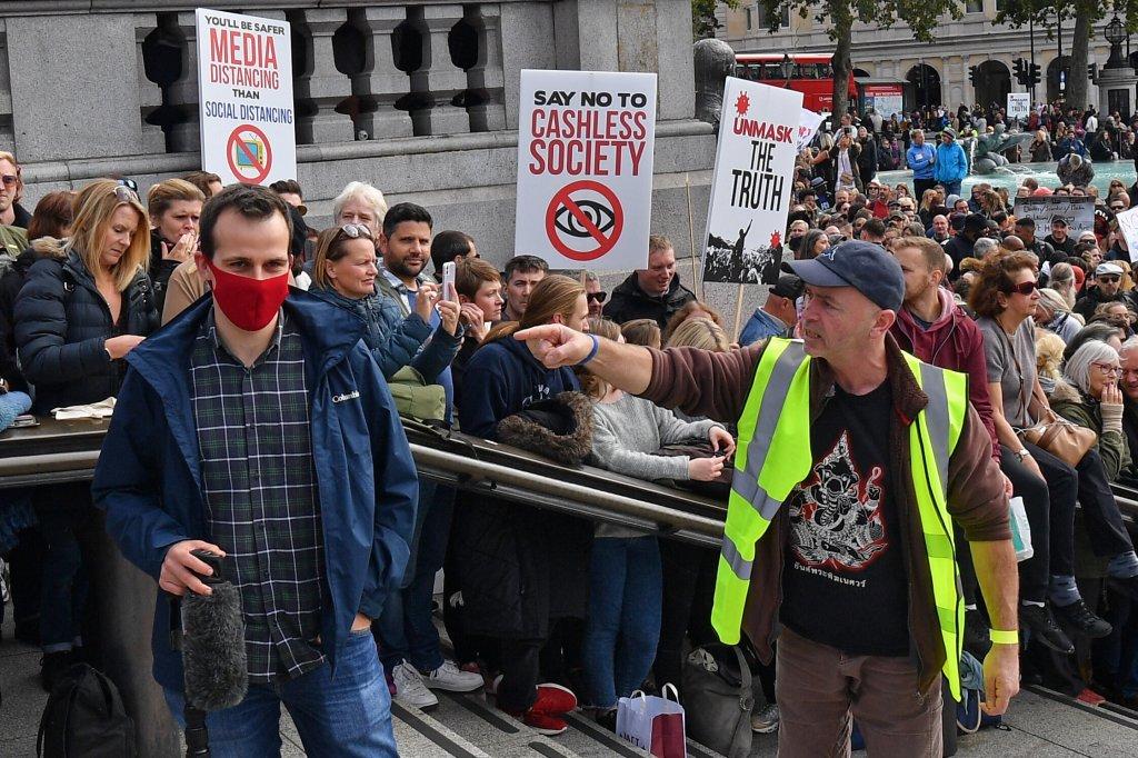 Thousands Cram Into Trafalgar Square For Anti-Lockdown Protest