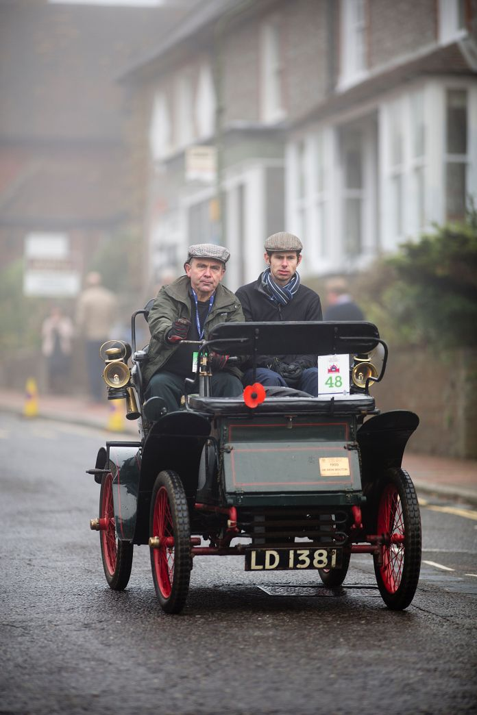 Former minister Robert Goodwill (left) is a vintage vehicle