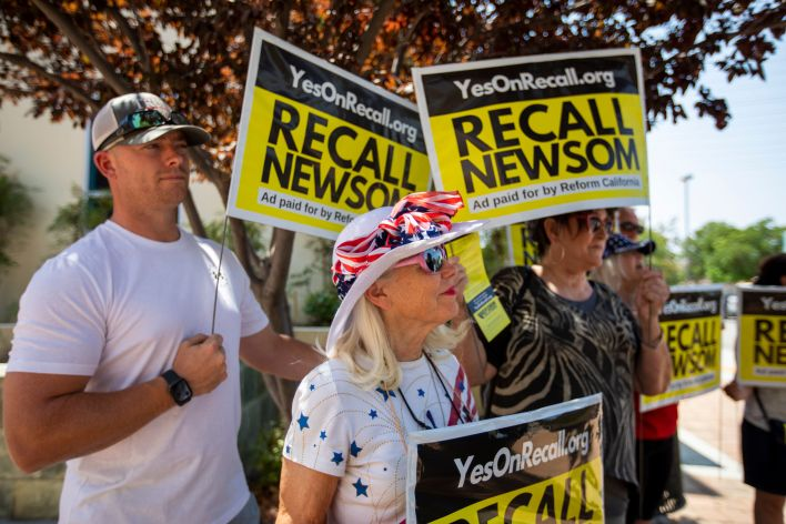 Recall supporters rally in Santa Clarita in August.