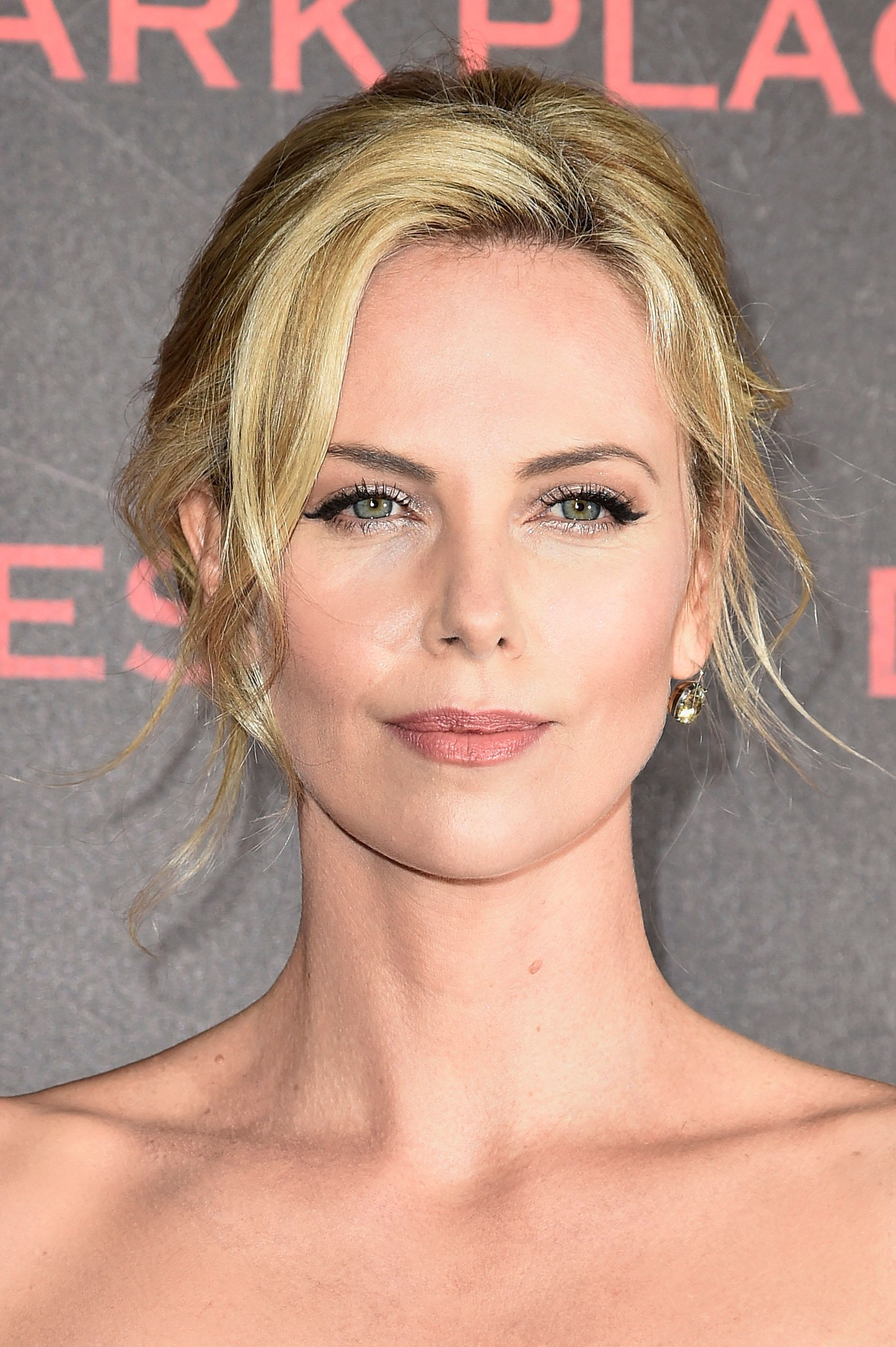 19 Times Charlize Theron Inspired Us To Cut Our Hair Short HuffPost
