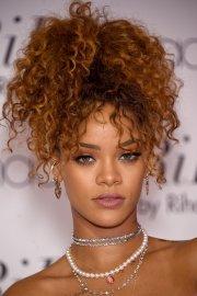 rihanna hairstyles inspire