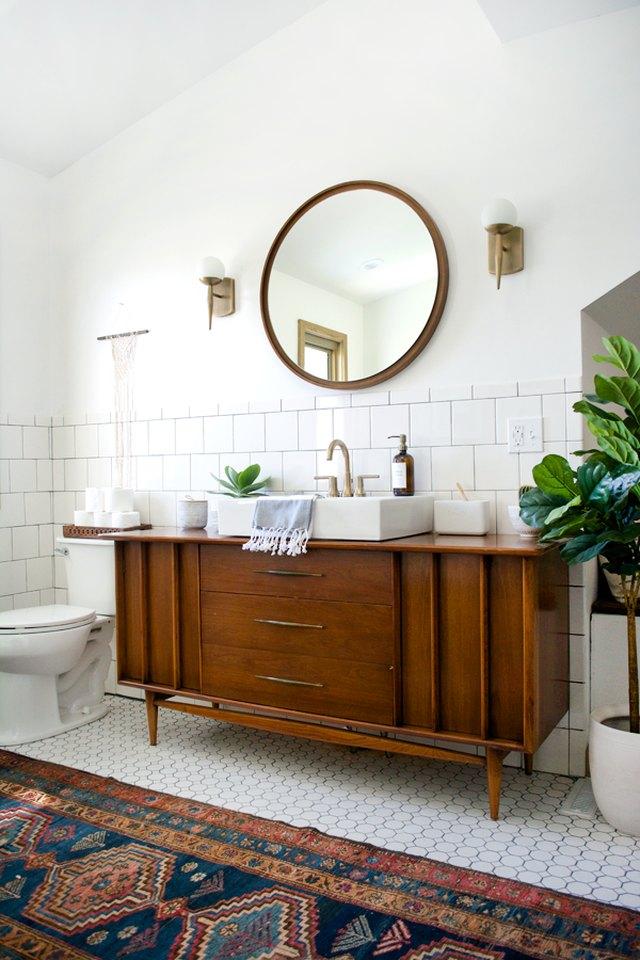 12 Classy Midcentury Modern Bathroom Ideas | Hunker